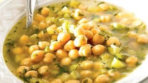 sopa-de-garbanzos