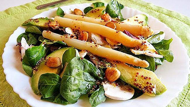 ensalada-de-aguacate-y-vinagreta