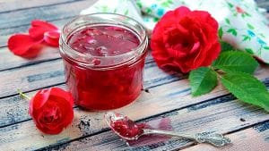 mermelada-de-petalos-de-rosa