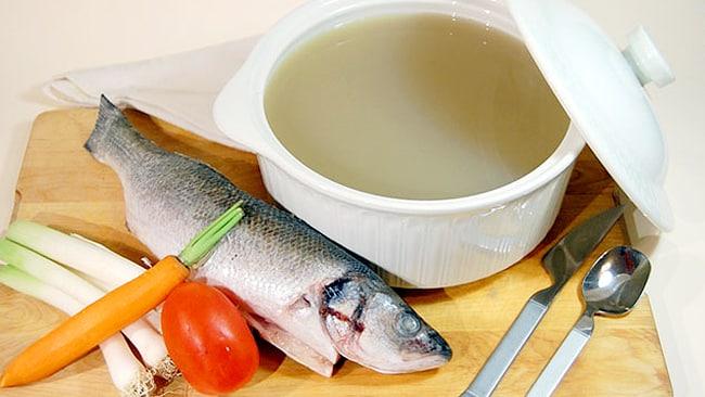 caldo-de-pescado