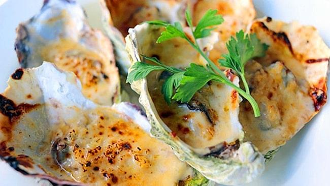 ostras-gratinadas-en-espumante