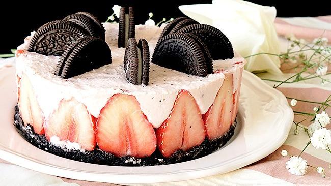 torta-de-oreo-y-fresas