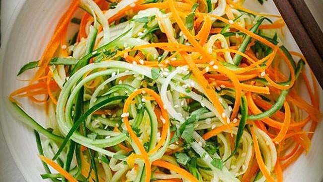 ensalada-asiatica-pepino