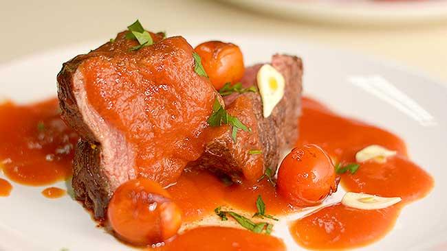 asado-en-salsa-de-tomate