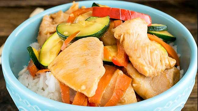 pollo-con-tomate-zanahoria-y-jengibre