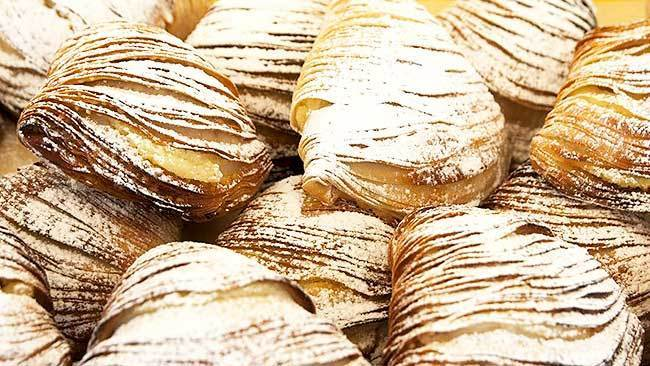 cola-de-langosta-con-crema-pastelera