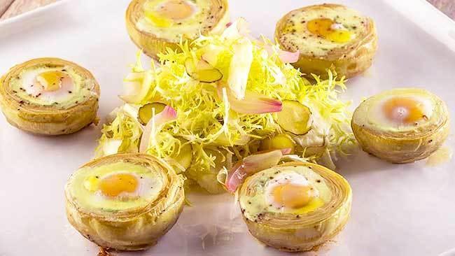 alcachofas-con-huevos-de-codorniz