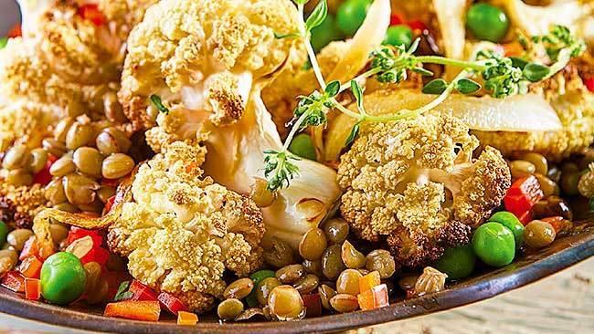ensalada-tibia-de-coliflor-rostizada