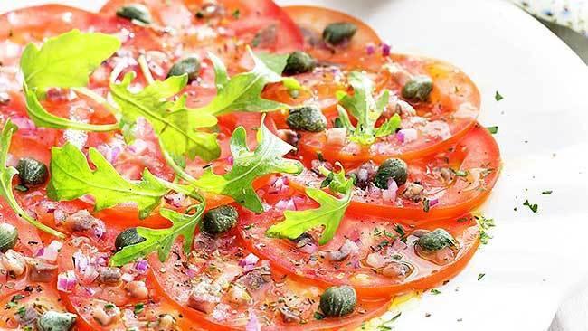 carpaccio-de-tomate-con-salsa-de-anchoas