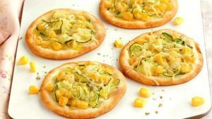 mini-pizzas-de-calabacin-y-queso