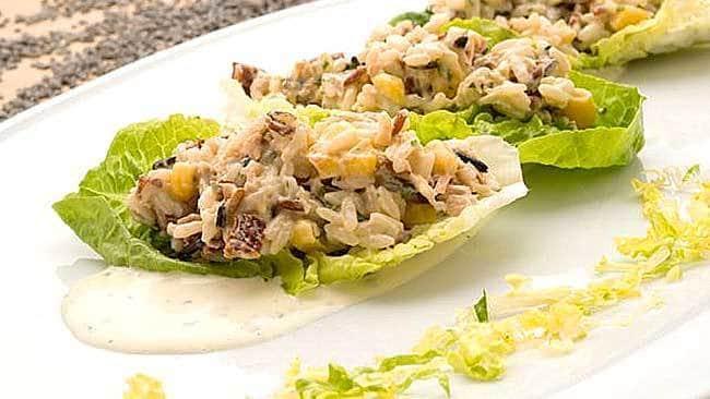ensalada-de-arroz-con-mayonesa-de-aguacate