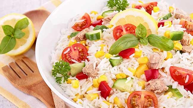 ensalada-de-arroz-con-atun