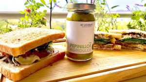sandwiches de carne y queso con pepinillos agridulce de 3D Gourmet