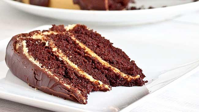 torta-de-chocolate-con-mousse-de-mantequilla-de-mani-sin-gluten