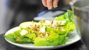 ensalada-de-manzana-verde-y-aderezo-de-guanabana